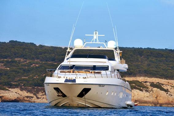 Azimut 98 Charter in Mallorca